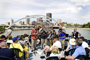 What could be better than the Smugtown Stompers on the Mary Jemison?